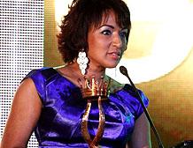 Nancy Amancio también fue galardonada en los premios.