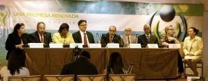 Mesa de participantes en la conferencia de prensa celebrada en Ciudad Panamá.