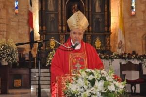 Cardenal Nicolás de Jesús López Rodríguez ofició la misa celebrada en la Catedral Primada de América.