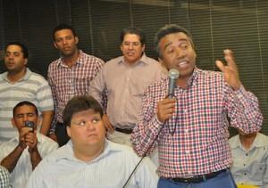 Félix Bautista en actividad todo el tiempo a favor de las aspiraciones de Leonel Fernández.