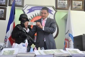 Miguel Medina, vocero de la DNCD durante el encuentro de prensa el 23 de diciembre.