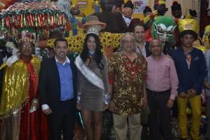 Folcloristas y personalidades del arte y la cultura participaron en el encuentro de prensa donde se ofrecieron detalles del carnaval de Bonao 2014.
