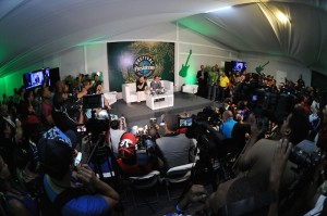 Solo Gilberto y Víctor Manuelle, artistas extranjeros, aceptaron compartir con la prensa dominicana.