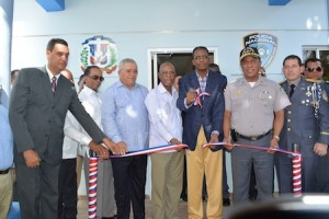 El mayor general Manuel Castro Castillo también inauguró destacamento en San Pedro de Macorís.