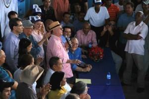 El ex presidente Hipólito Mejía sigue arengando las tropas del naciente PRM.