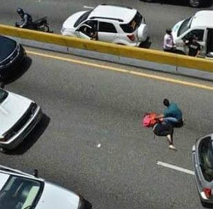 Luis Carlos Jimenez embarazada tunel Agos 26 2015