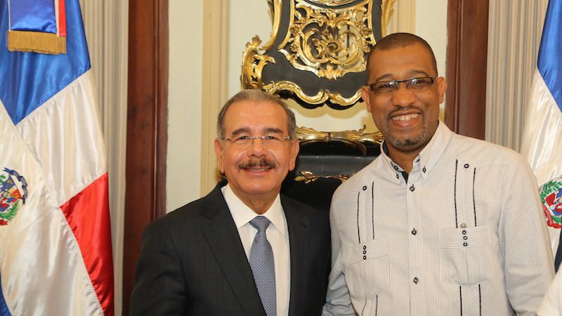 Periodistas Danilo Medina en Navidad Palacio Dic 23 2015