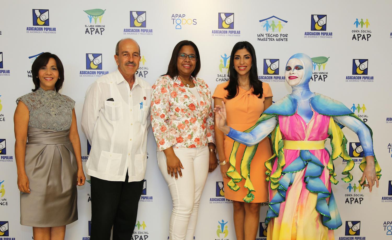 Mildred Minaya, Jesús Zaglul, Arisleyda Ramírez y Michelle Disla.